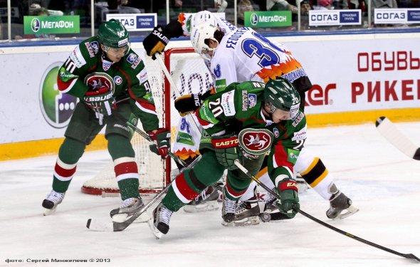 Хоккей, КХЛ