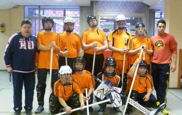 Хоккей на полу