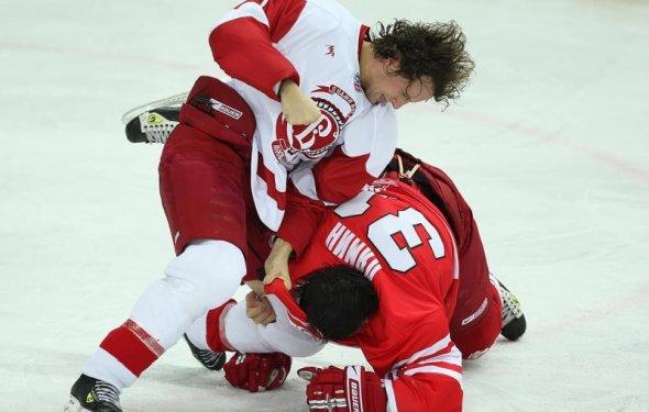 Нужен ли нам такой хоккей