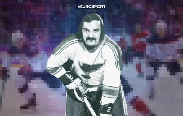 поехавшего защитника НХЛ